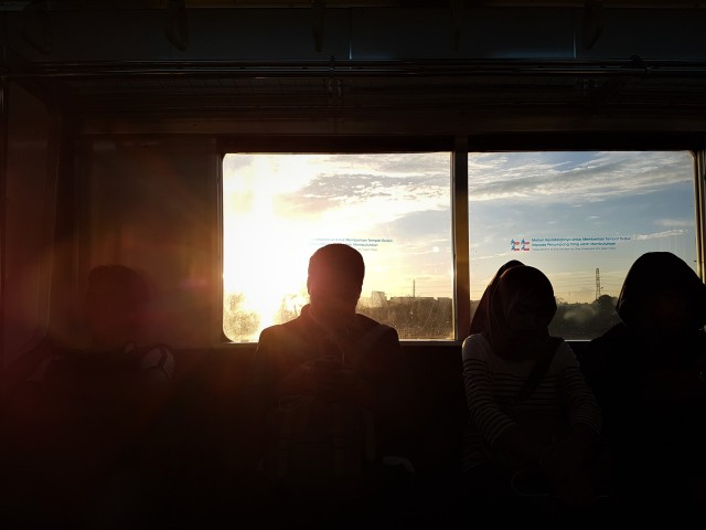 trem madrugada.jpg